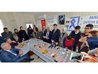 Bakan Tüfenkci'den Anlamlı Ziyaret