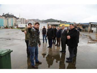Rize'de Vali Bektaş Ve Belediye Başkanı Kasap Balıkçı Hali Esnafı İle Buluştu