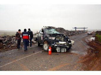 Yangına Müdahaleye Giden İtfaiye Ekibi Kaza Yaptı: 2 Yaralı