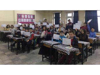 Çaycuma'da, Jandarma Öğrencilere Karne Dağıttı