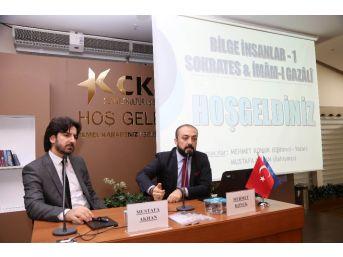 """Uzman Psikolojik Danışman Mehmet Konuk: """"sosyal Medyada Asılsız Paylaşımlar Yapıyoruz"""""""