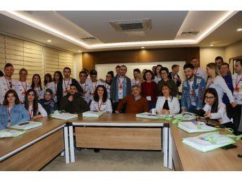 Uluslararası Öğrenciler Aü Organ Nakli Merkezin'de