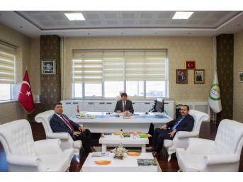 Ceza İnfaz Kurum Müdüründen Rektör Almay'a Ziyaret