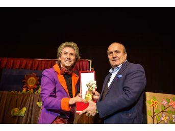 Taşköprü'de Minikler Tiyatroya Doydu