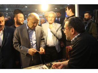 Başbakan Yardımcısı Işık Erzurum Tanıtım Günleri'ni Ziyaret Etti