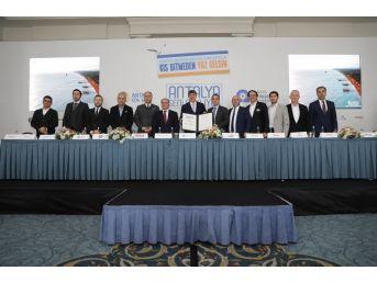 Antalya'da Erken Rezervasyon Seferberliği Başladı
