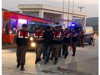 Çanakkale'de Terör Örgütü Propagandasına 4 Gözaltı