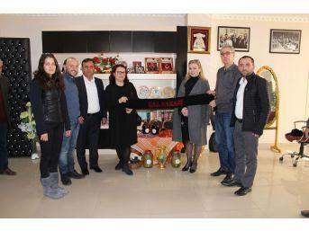 Kosovalı Heyet Çallılardan Tarım Ve Bağ Üretimi Desteği İstedi