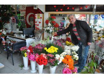Simavlı Çiçekçiler Ürün Çeşitlerinin Çeşitliliğini Artırdı