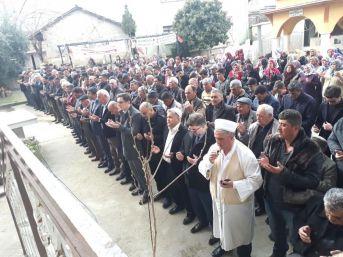 Sarıgöl'de Çiftçiler Yağmur Duası Yaptı