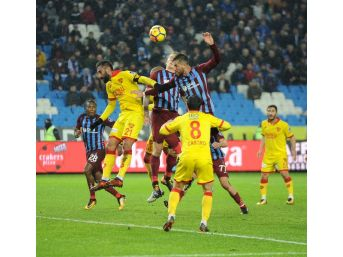 Spor Toto Süper Lig: Trabzonspor: - Göztepe: (ilk Yarı)