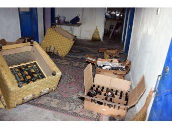 """Aksaray'da 84 Şişe Sahte İçkiyle Yakalandı """"içiciyim"""" Diye Kendini Savundu"""