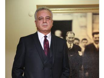 """Hukuk Akademi Derneği Yönetim Kurulu Başkanı Avşar: """"feyzioğlu Politize Oldu, İstifa Etsin"""""""