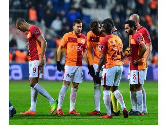 Galatasaray'da Yine Deplasman Yine Puan Kaybı