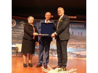 Türk Ve Arap Akademi Dünyası Bir Araya Geldi