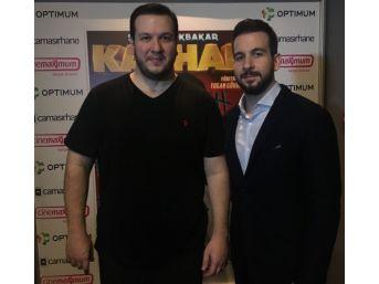 Şahan Gökbahar'ın Yeni Filmi Kayhan'ın İzmir Galasında İzdiham