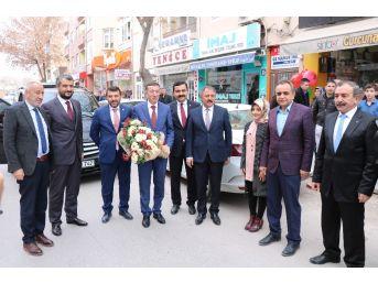 Bakan Yardımcısı Çeklik'ten Belediye Ve Ak Parti Teşkilatına Ziyaret