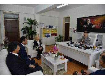 Vali Necati Şentürk, Prof. Dr. İlhan Kılıçözlü Fen Lisesini Ziyaret Etti