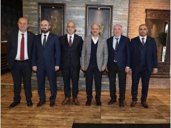 Başbakan Yardımcısı Fikri Işık, Kocaeli'de Siyasi Parti İl Başkanları İle Bir Araya Geldi