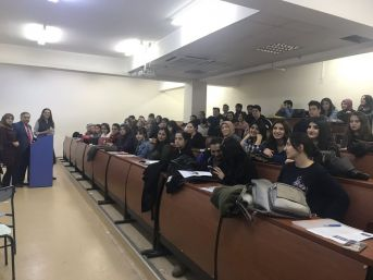 Üniversite Öğrencilerine Çocuk Hakları Eğitimi