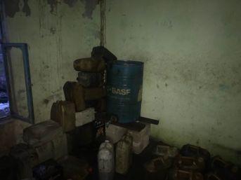 Şanlıurfa'da 700 Litre Kaçak Akaryakıt Ve 27 Bin Paket Kaçak Sigara Ele Geçirildi