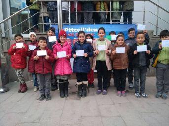 Afyonkarahisar'daki Öğrencilerden Hatay'daki Öğrencilere Mektup Var