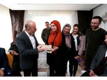 İçişleri Bakanı Soylu'dan Şehit Kızı İrem'e Doğum Günü Hediyesi