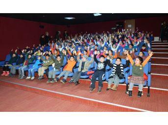 'tebessüm Sineması'nda 24 Bin Kişi Film İzledi