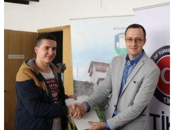 Tika'nın Desteğiyle Bosna Hersek'te Gençler İş Sahibi Oluyor