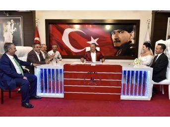 Başkan Uysal, Personelinin Nikahını Kıydı