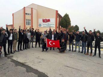 Ayvalıklı Ülkücüler Şehit Fırat Yılmaz Çakıroğlu'nu Unutmadı
