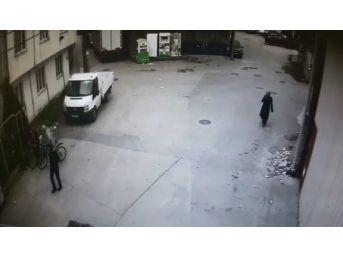 Kapkaççı Kıyafet Kumbarasındaki Parmak İzinden Yakalandı