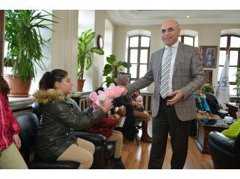 İlkokul Öğrencileri Belediyeciliği Başkandan Öğrendiler