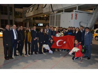 Avrupa Şampiyonlarına İstanbul'da Muhteşem Karşılama