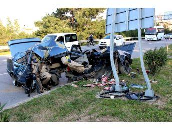 Hatay'da Korkunç Kaza: Araç İkiye Bölündü
