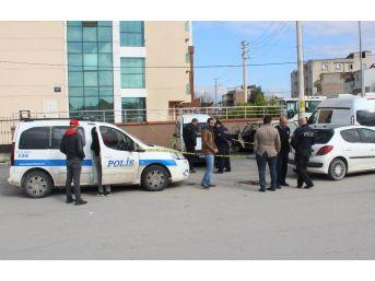 İzmir'de Uyuşturucu Kullandığı Öne Sürülen Genç Öldü
