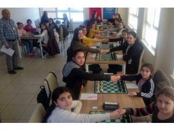 Kırıkkale'de Satranç Heyecanı