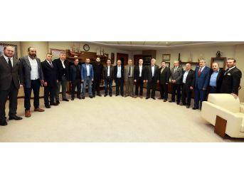 Erzurumlular'dan Başkan Karaosmanoğlu'na Teşekkür