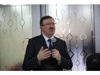 Genel Sekreter Bayram, Daire Başkanlıklarının Personelleriyle Bir Araya Geliyor
