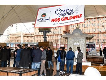 Öğrencilere Sabah Çorbası Büyükşehir'den