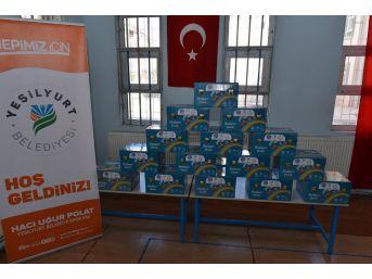 Yeşilyurt Belediyesi'nden Öğrencilere Okuma Bayramı Sandığı