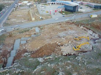 Yeni İtfaiye Hizmet Binasının İlk Kazması Vuruldu