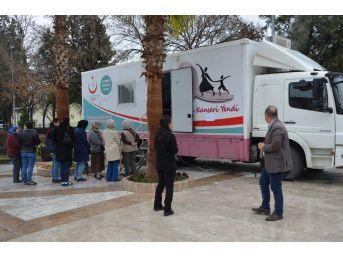 Milas'ta Ücretsiz Mamografi Çekimlere Yoğun İlgi