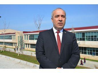 Mşü Rektörü Polat'tan Hendek Ve Çukurların Açıldığı Varto Ve Bulanık İlçelerine Yüksekokul