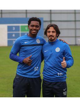Çaykur Rizespor'da Futbolcular İnançlı Ve Mutlu