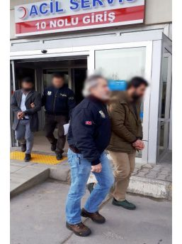 Sakarya'da Terör Örgütü Lehine Paylaşım Yapan 4 Şahıs Tutuklandı