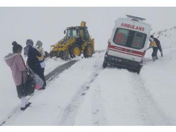 Van Büyükşehir'den Karla Mücadele Çalışması