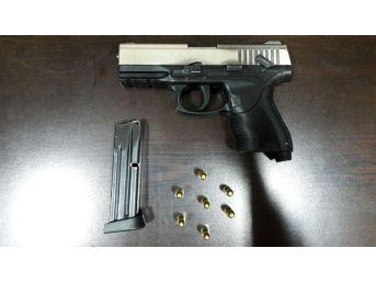 Aracı Gasp Edip, Bir Kişiyi Kaçırarak Silahla Tehdit Eden Zanlılar Yakalandı