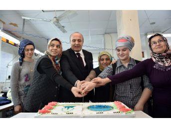 Başkan Arslan, Fabrikalarda Çalışan Bayanları Ziyaret Etti