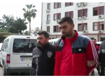 Müebbet Hapis Cezası Alan Eski Tribün Lideri Yurt Dışına Kaçma Hazırlığındayken Yakalandı